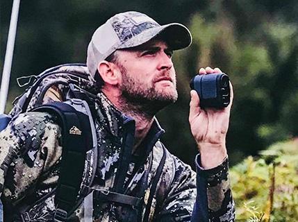 New Zealand Hunting Guide Neil - Glen Dene Hunting